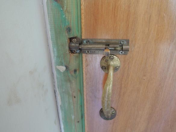 loo lock
